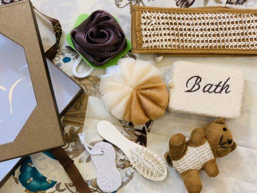 Hộp quà tặng dụng cụ tắm